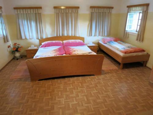 Schlafzimmer EG 2048 1536